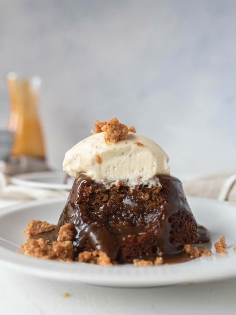 sticky toffee pudding butterscotch sauce
