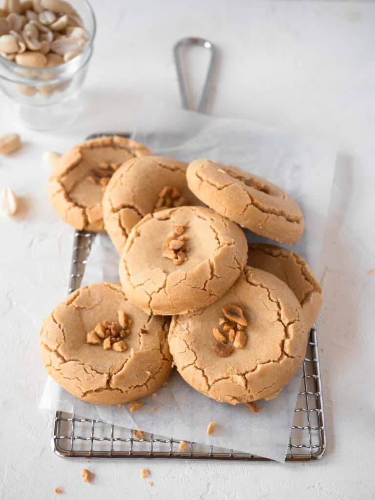 Peanut butter cookies filled with soft and chewy mochi