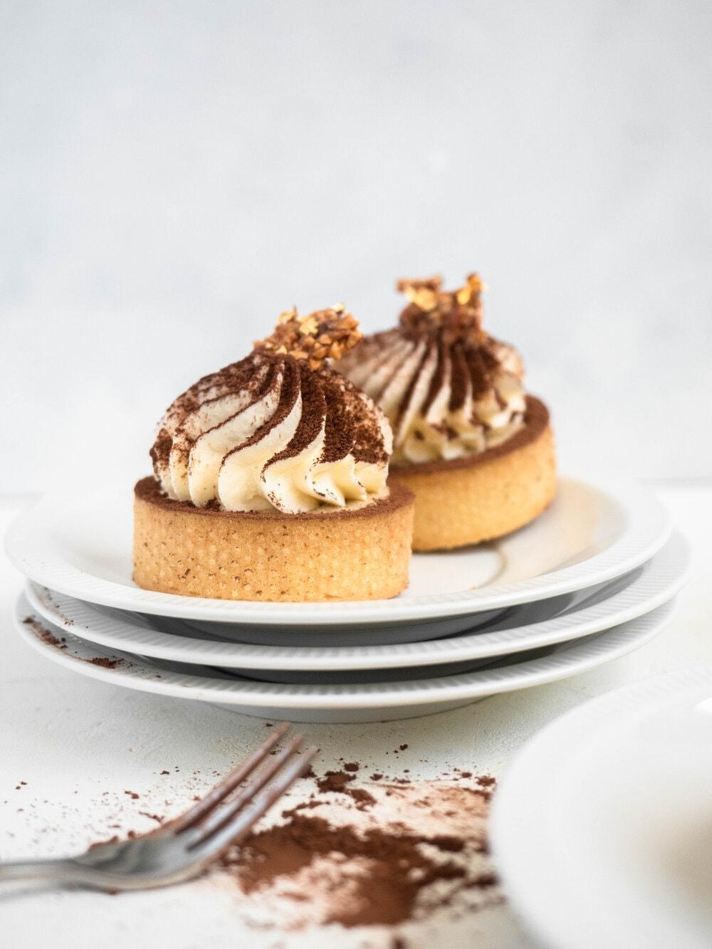Coffee almond praline mascarpone tart