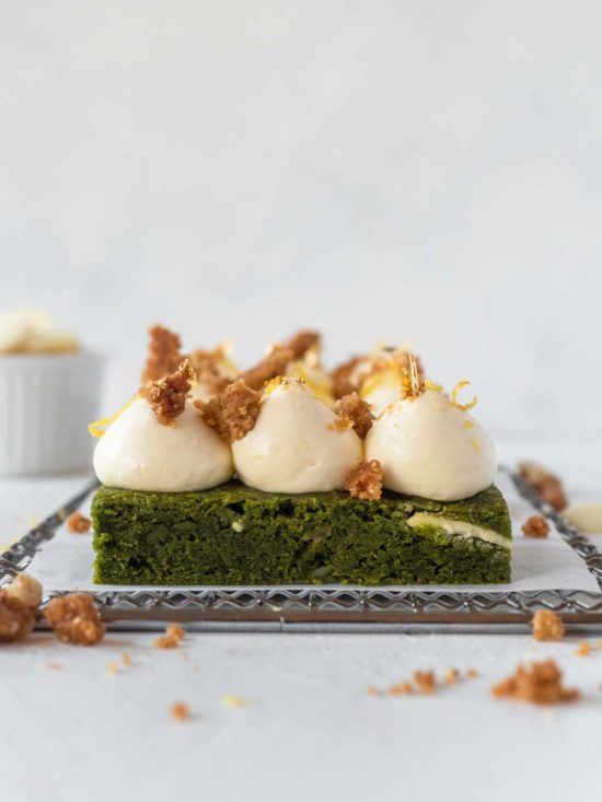 Matcha Brownie with Lemon Cheese Cream and Walnut Crumble