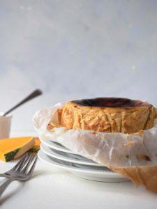 Mini pumpkin basque cheesecake