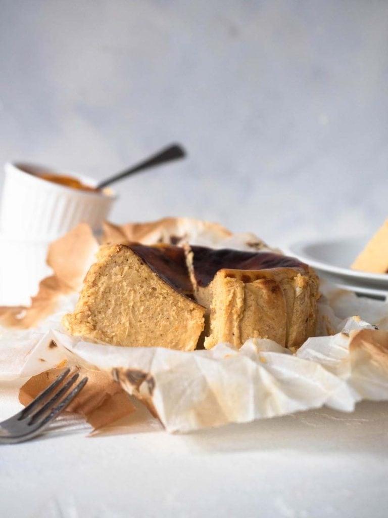 mini pumpkin spice basque cheesecake