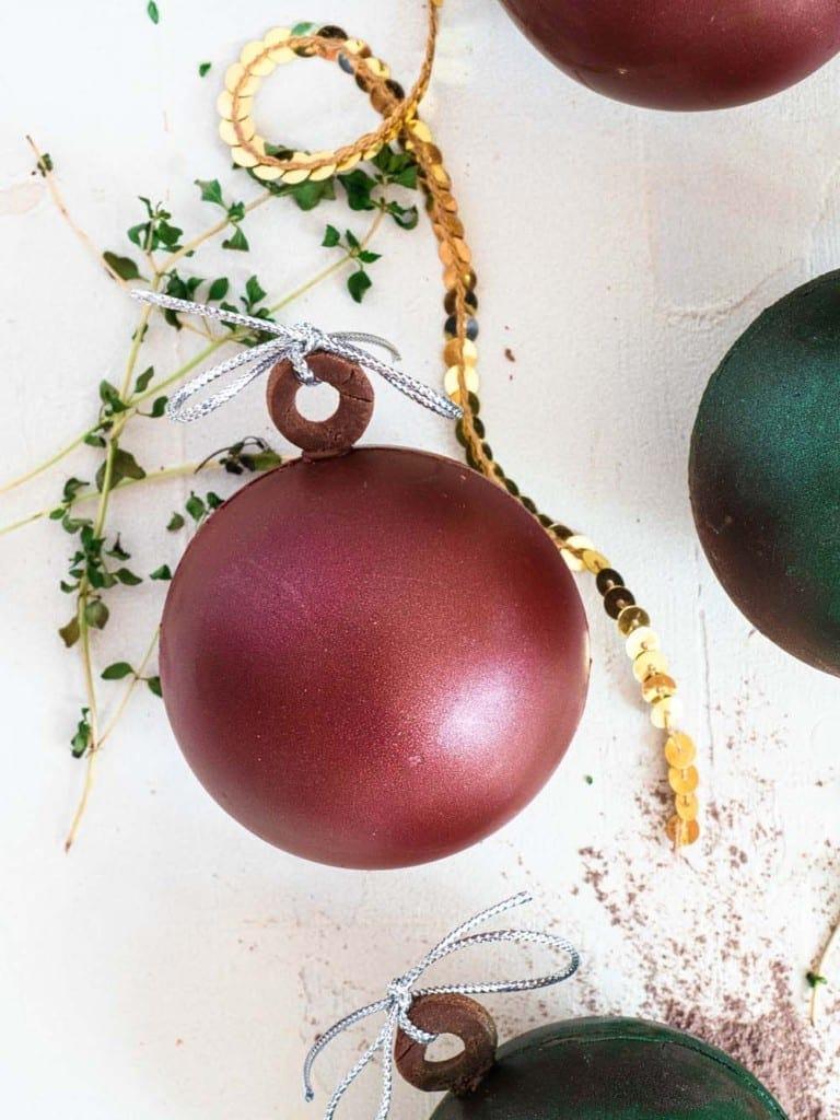 Festive hot cocoa bombs