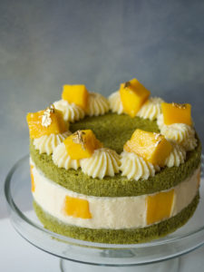 Matcha Mango Sponge Cake