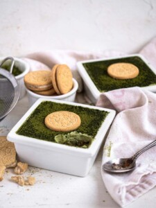 No-bake Matcha Golden Oreo Tiramisu with mascarpone cream and espresso
