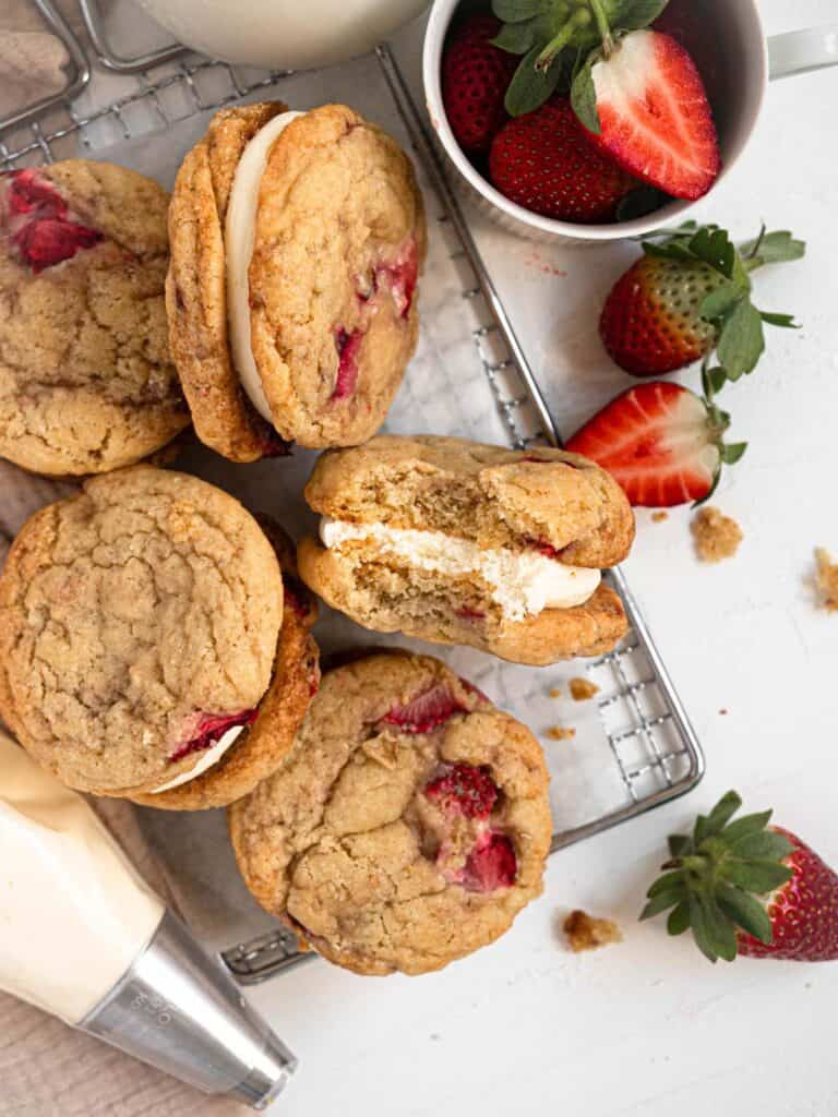 Fresh strawberry cookie sandwiches with lemon cheesecake filling