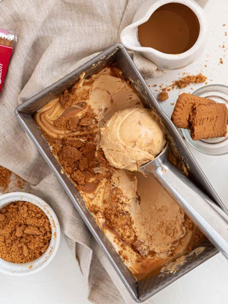 Speculaas Cookie Butter Lotus Biscoff no churn ice-cream